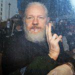 Fondatorul WikiLeaks, Julian Assange, a fost arestat la Londra